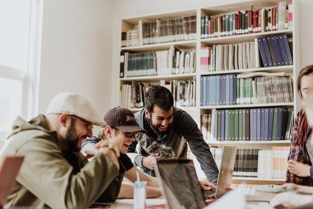 Diviser les participants en groupes dans une réunion Microsoft Teams